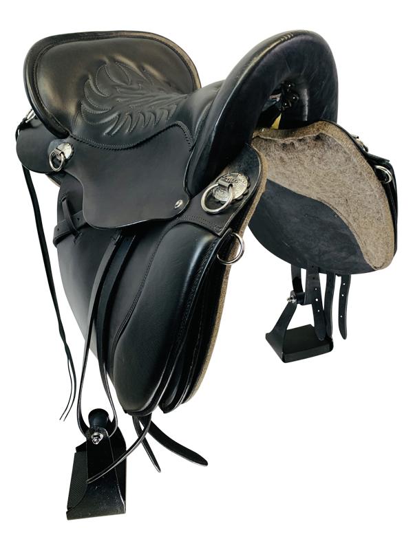 16.5inch Used Tucker Equitation Endurance Saddle T49 Floor Model